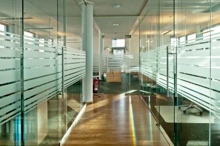 Glasschiebetüren Ganzglassysteme von Schreinerei FÄTH