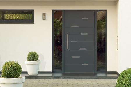 Haustüren aus Aluminium/Kunststoff mit Lichtausschnitt von Schreinerei FÄTH