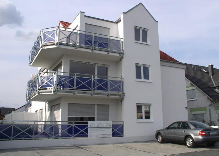 Referenz Aluminiumfensterarbeiten an Mehrfamilienhaus in Seligenstadt von Schreinerei FÄTH
