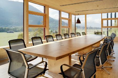 Möbel und Verkleidungen massiver Holztisch von Schreinerei FÄTH